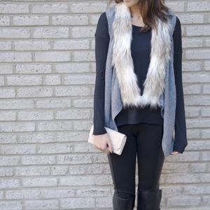 Skies are Blue Emira Faux Fur Collar Knit Vest